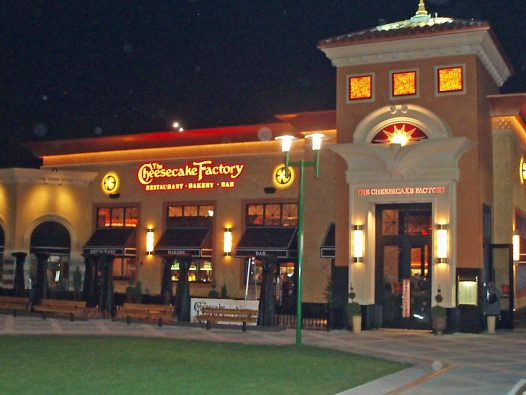 Cheesecake Factory anuncia que no pagara alquiler en abril
